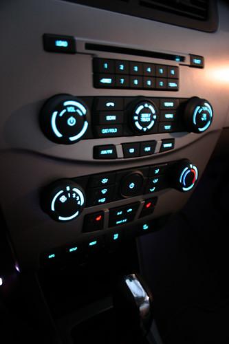 2008 Focus Interior Center Console Lights On | ford.digitals… | Flickr