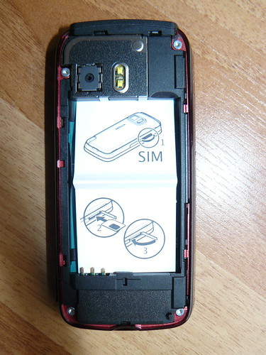 Nokia 5800 - instructions on how to insert SIM card (obviously had some problems if this was deemed necessary) | by textlad