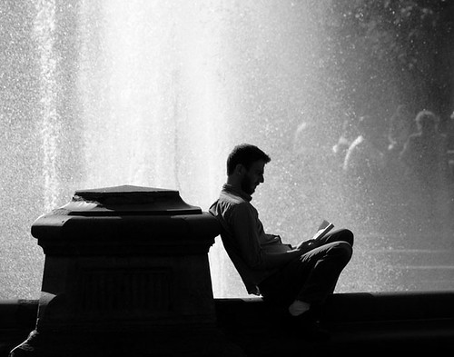 Reading next to the Wall of Water | by ianqui