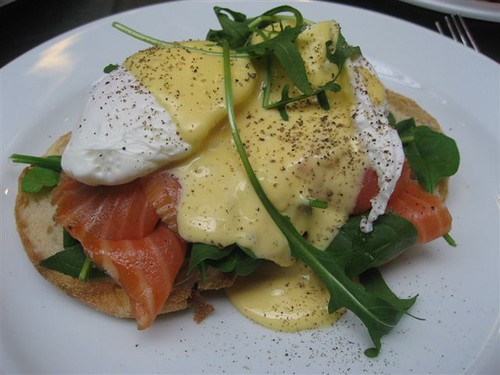 Eggs Benedict w Baby Spinach and Smoked Salmon | Breakfast ...