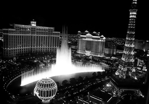Bellagio Fountains, Las Vegas | by left-hand