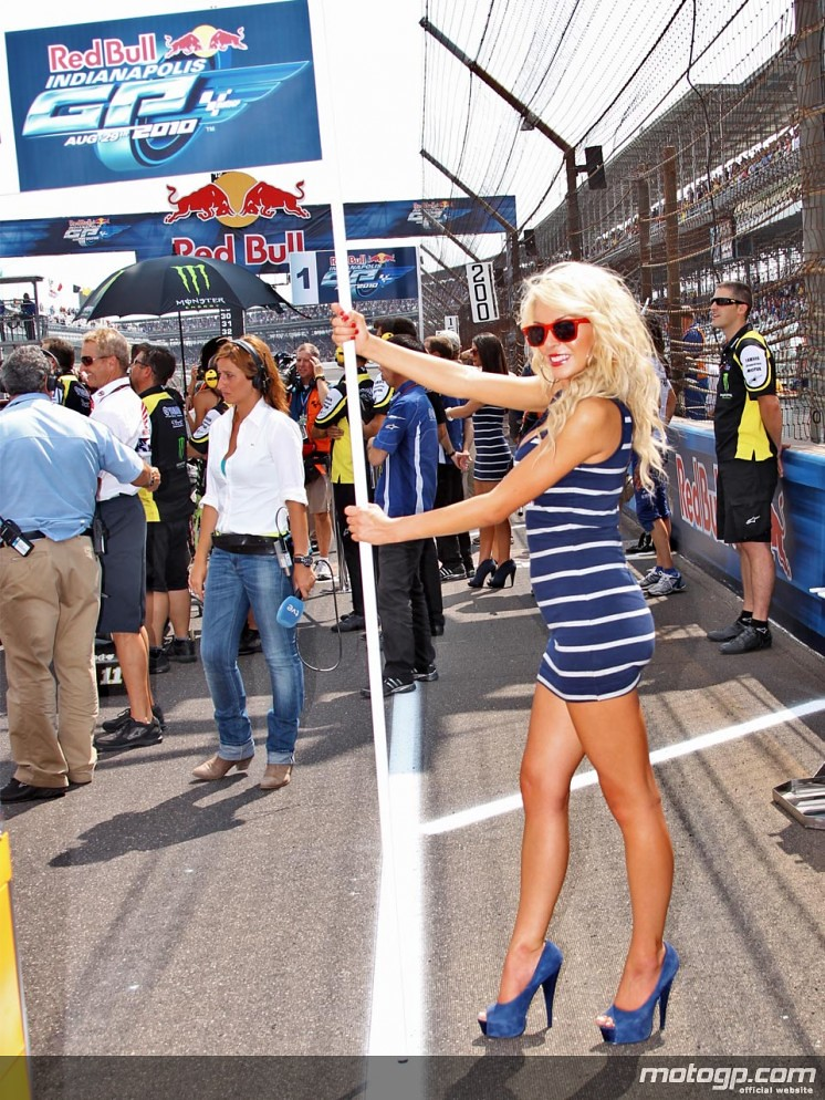 Red Bull Grid Girls Red Bull Grid Girls Get Paid To Promot Flickr