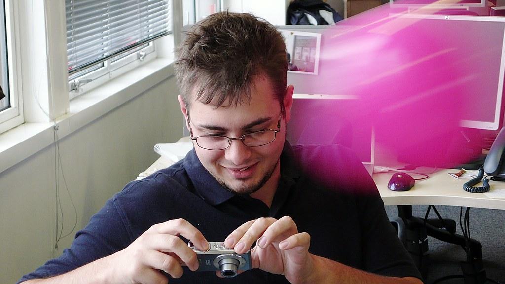 Hidden cam films gay dudes suckin on some knob