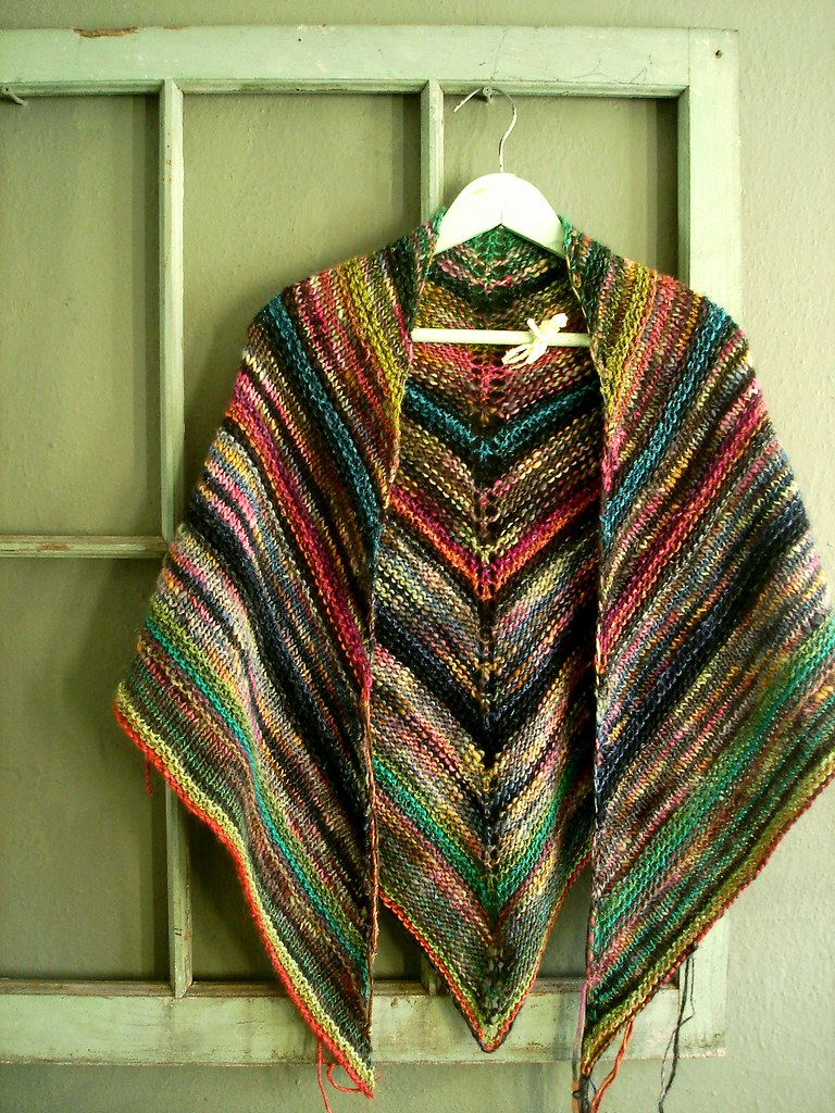 melted crayon shawl | Noro Silk Garden in 3 or 4 colorways, … | Flickr
