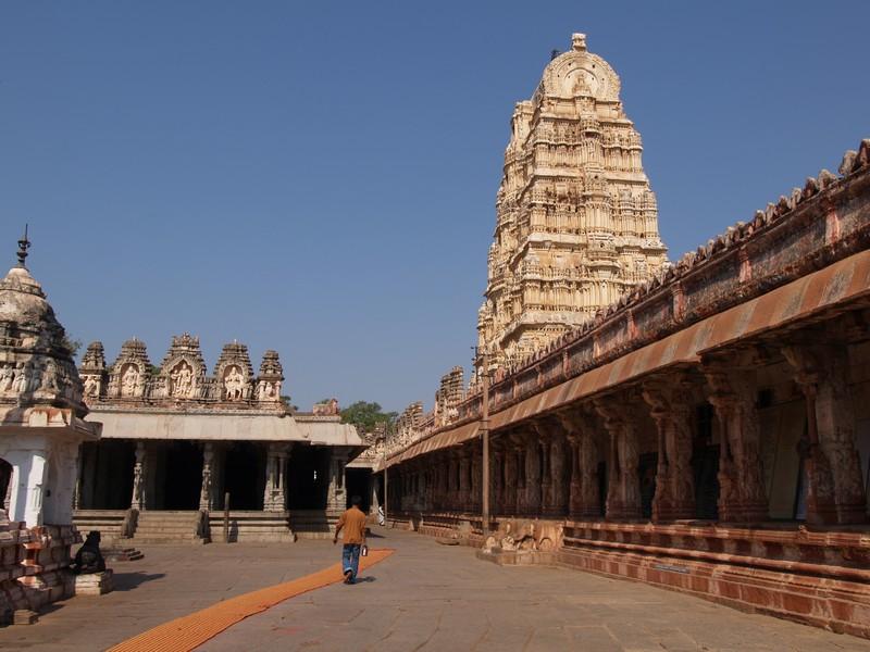 Asia India Karnataka Hampi UNESCO World Heritage Patrimonio Humanidad Vagamundos