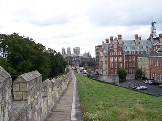 York city wall near the trainstation | by K@ja