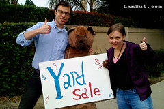 Mike Hudack  and Bonny Pierzina with the Yard sale Bear | by Lan Bui