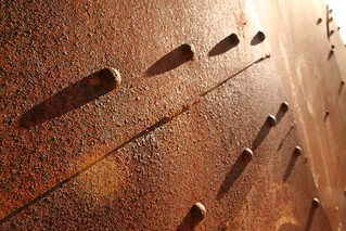 Rusted bolts | by : Tétine :