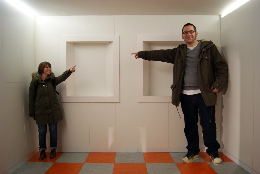 Ames Room | Ian Stannard | Flickr