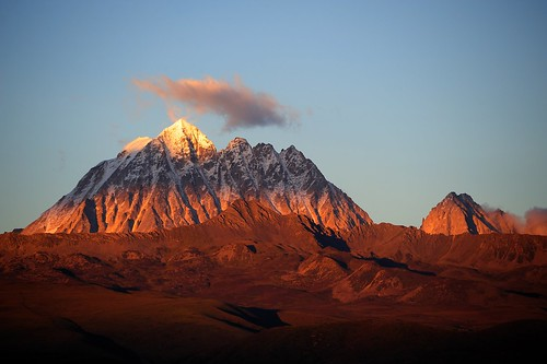The sacred Mount Zhara Lhatse 5820m at sunset, Tibet | by reurinkjan