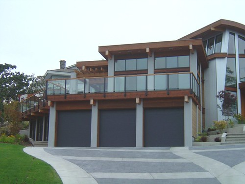 Contemporary northwest house this contemporary post and for Home builders in northwest ohio