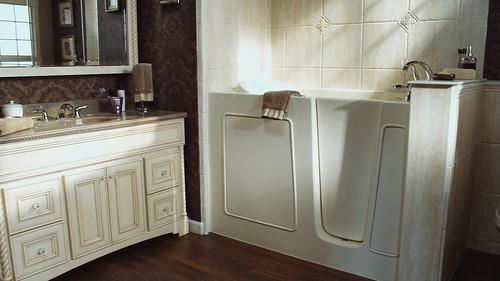 Bathroom remodel tuscan elegance bathroom minnesota re for Bathroom remodel zimmerman mn