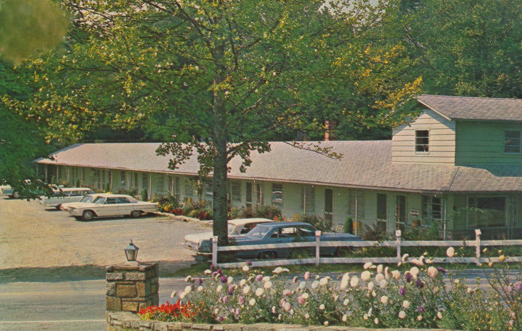 Azalea Garden Motel - Blowing Rock, North Carolina