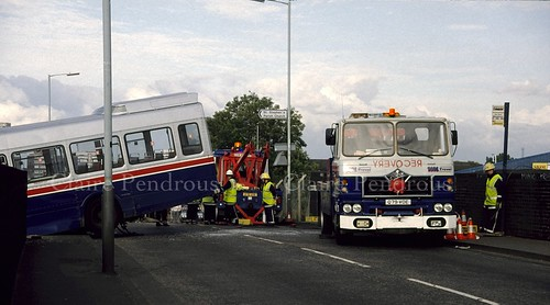 WMT Fodens 105 and 103 rescuing Leyland National bus 1469 in Wolverhampton in August 1993 | by Lady Wulfrun