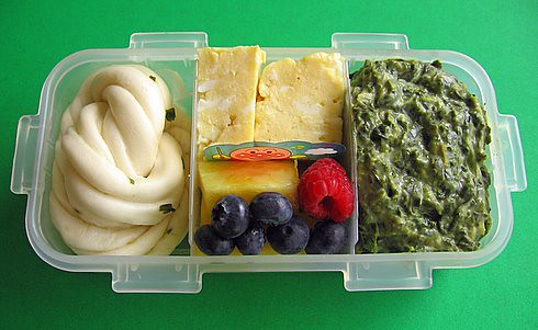 Egg & spinach lunch for preschooler | by Biggie*