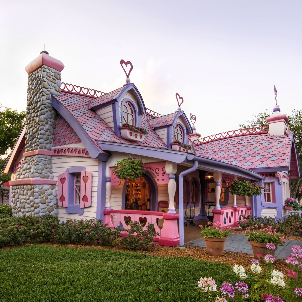 isabella s little pink house from www stuckincustoms com t flickr