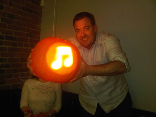 The Apple iTunes Ping Pumpkin! | by Chris Breikss