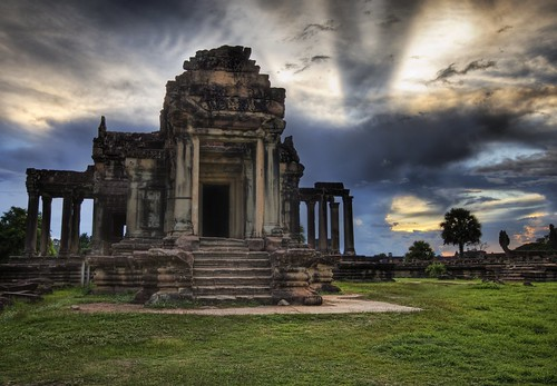Angkor Library Sunset | by Stuck in Customs