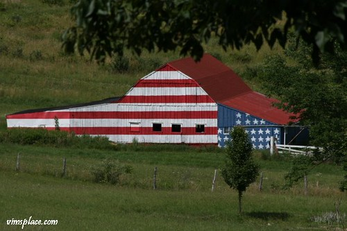 Flag Barn | by VIM'S PLACE
