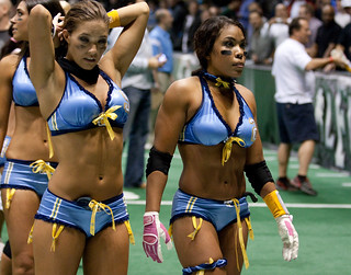San Diego Seduction players without their helmets on | by San Diego Shooter