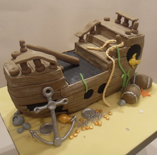 Sunken Pirate Ship Cake | by purecakes (lizzie)