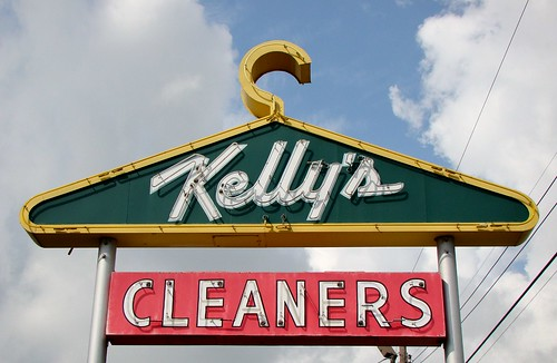 AL, Mobile-U.S. 90 Kelly's Cleaners Neon Sign | by Alan C of Marion,IN