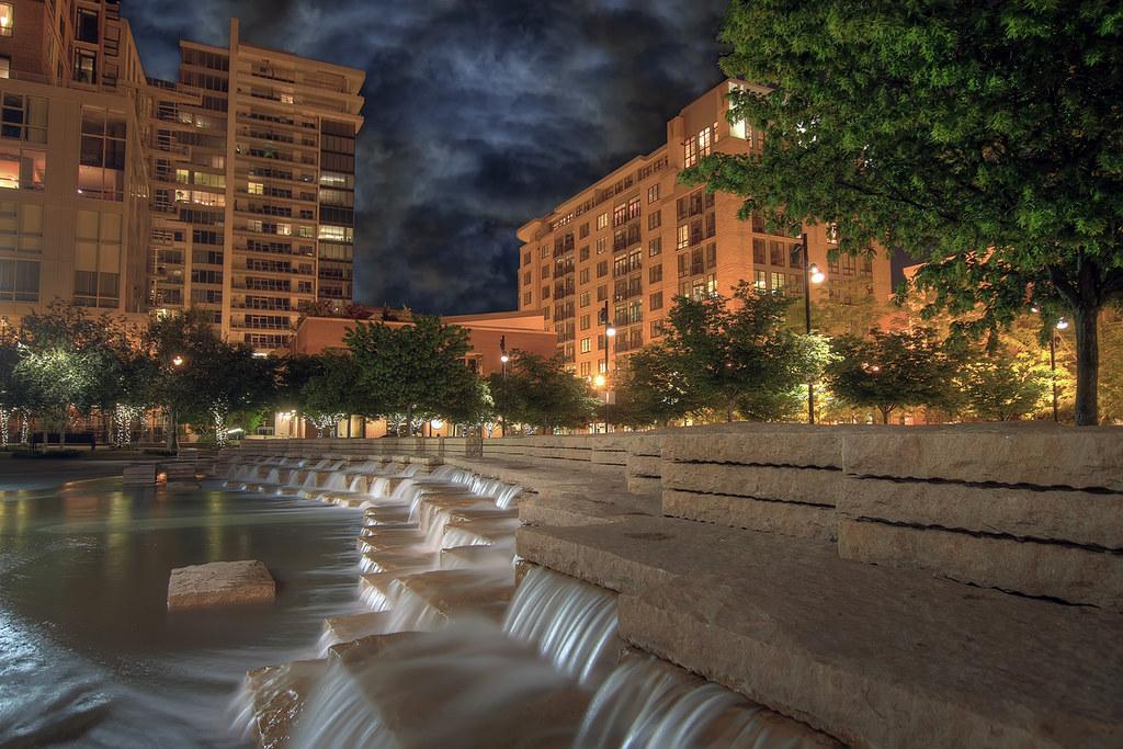 jamison square fountain 2 pearl district portland oreg flickr