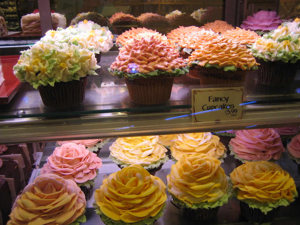 Fancy Cupcakes At Whole Foods Jen Bowles Flickr