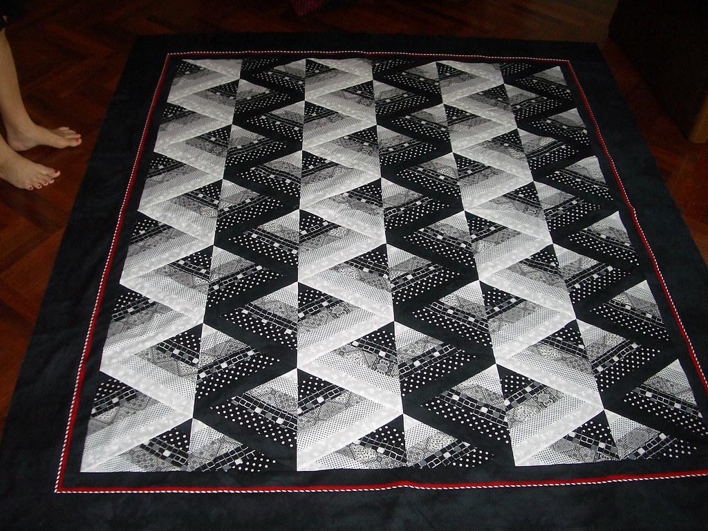 Bev's 60 degree triangle quilt | Oct 2006 at Deb's | Jill Chanapai ... : 60 degree triangle quilt - Adamdwight.com