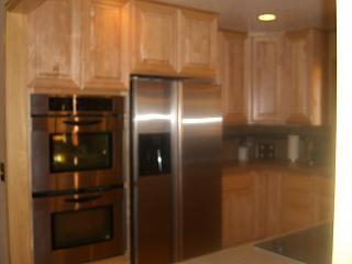 11 Double oven sidebyside refrigeratorJPG Kristie Wells