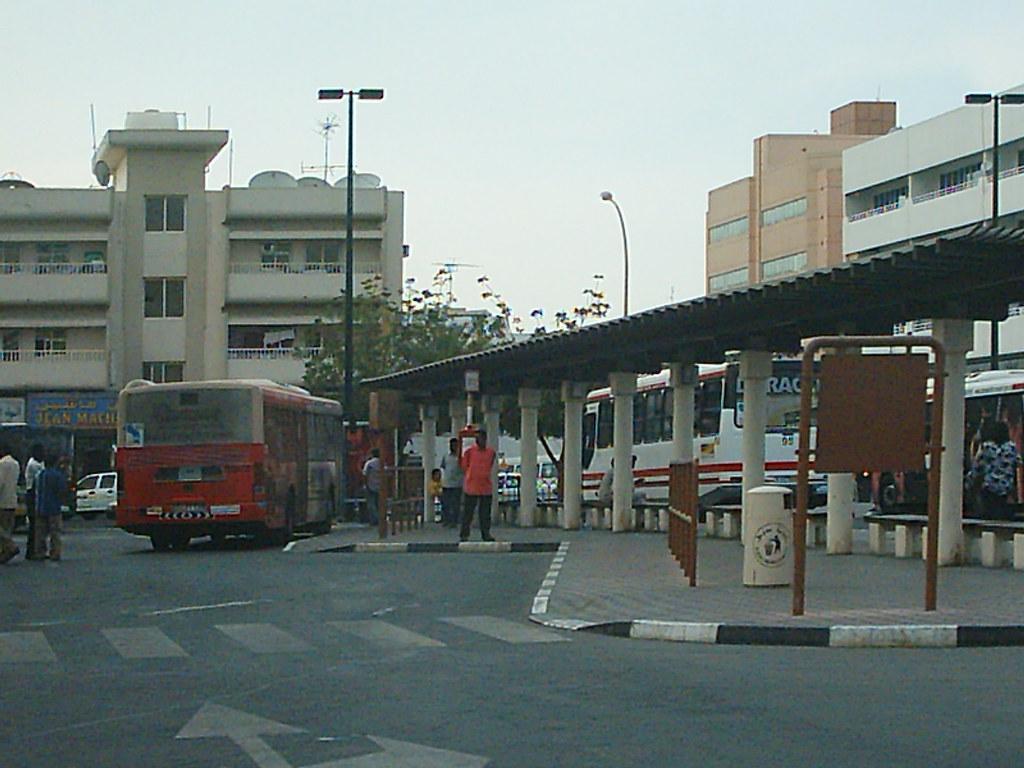 Satwa Bus Stand Dubai Taken With The Benq Dc 3410 Flickr