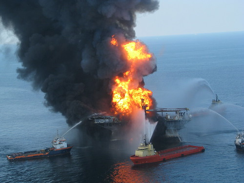 Deepwater Horizon Offshore Drilling Platform on Fire | by ideum