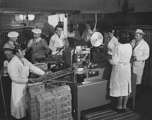 Packing Carsten's weiner sausages on an assembly line, Tacoma, Washington | by UW Digital Collections