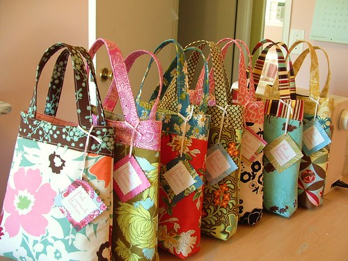 craft show mini totes | by pinklemonadeboutique