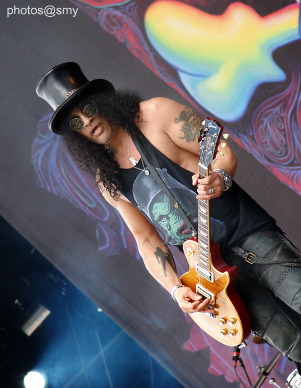 Slash @ Download Festival 2010 | Yeah! I was this close to m… | Flickr