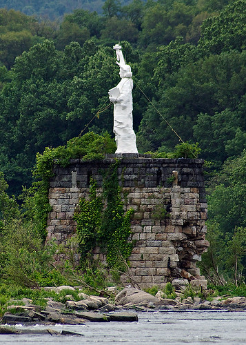 Dauphin Narrows Statue of Liberty | by Mountain Visions