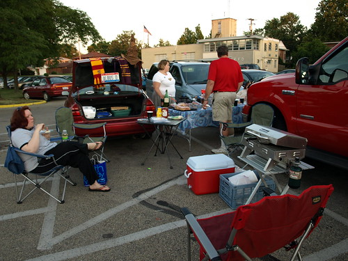 Tailgating for a Book #2 | by DDFic