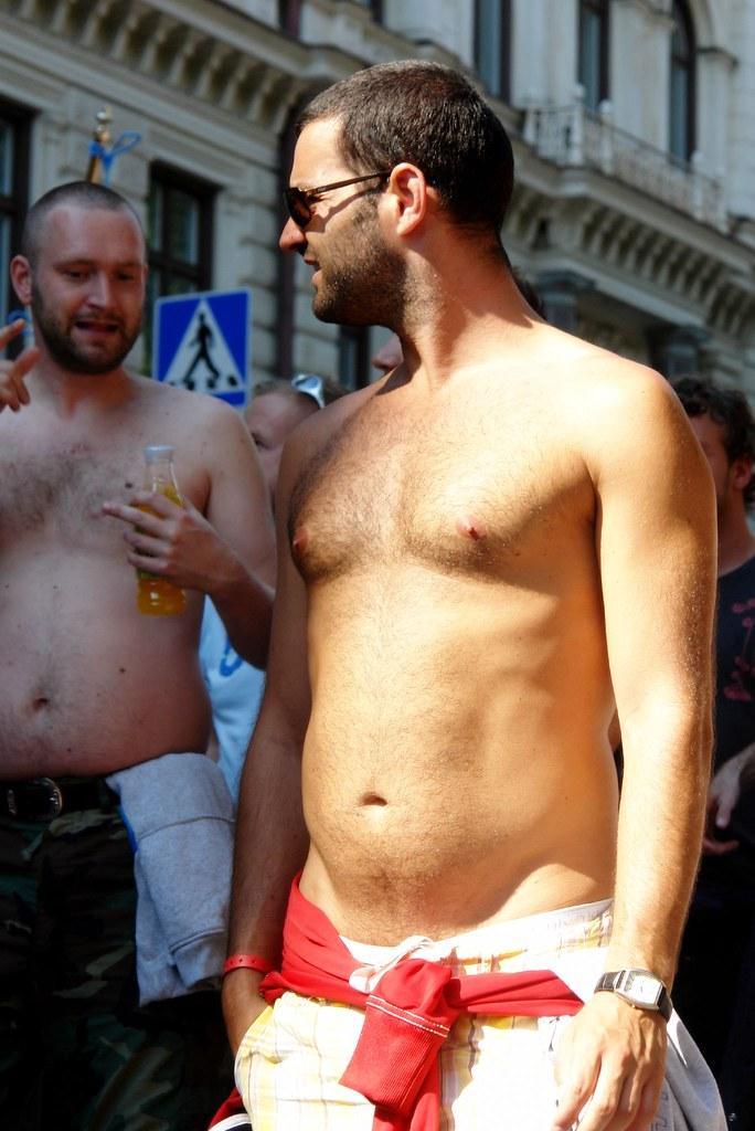 Buttplugg svenska homo eskorter stockholm