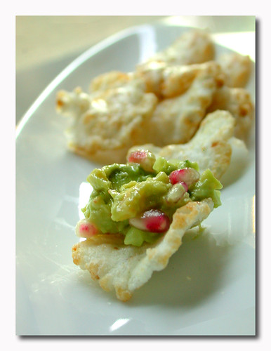fruity pomegranate guacamole with shrimp, served on spicy wasabi crackers | by Jocelyn | McAuliflower