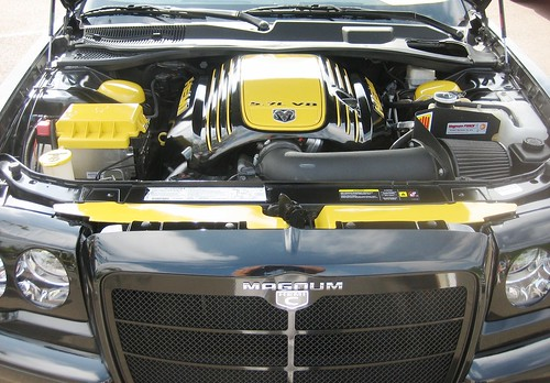 Dodge Magnum Engine Compartment - 2005 | by MR38.