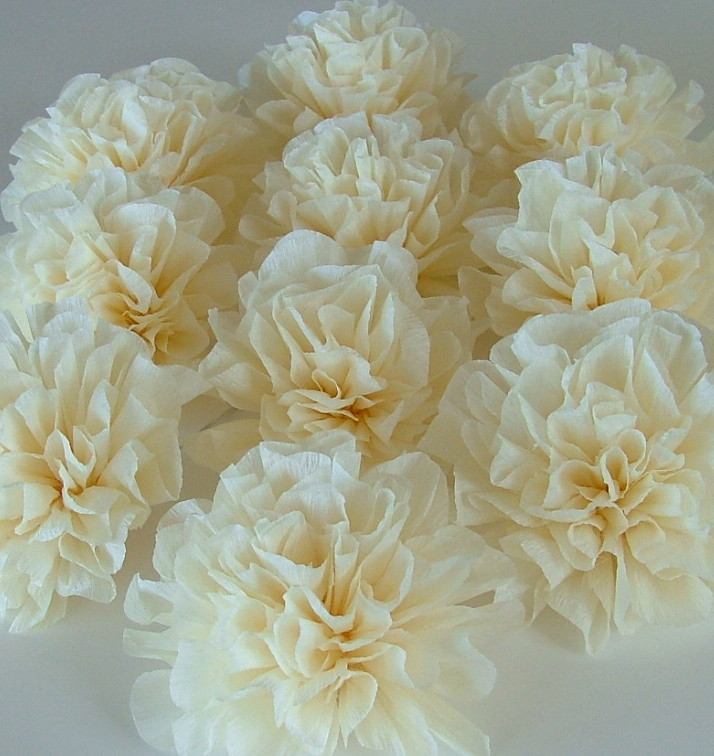 Crepe Paper Wedding Decorations Cream Poms These Crepe Pa Flickr