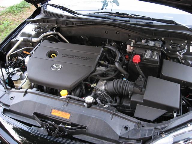 2007 Mazda6 under the hood