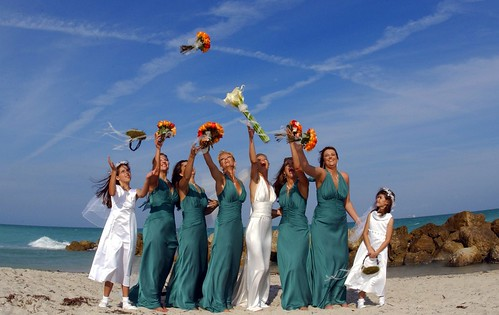 Bouquet Toss at The Palms Beach | by thepalmshotel