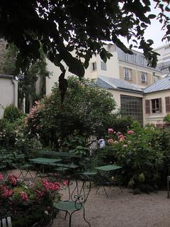 Jardin du musee de la vie romantique paris lawnmeadow - Jardin du musee de la vie romantique ...