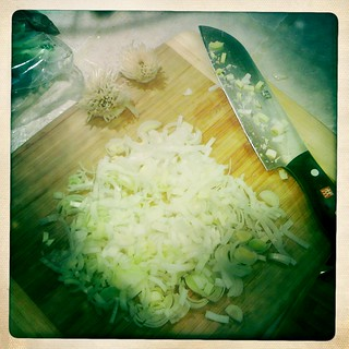 chopped leeks and garlic | by Jessica | bake me away!
