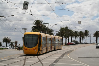 how to get from melbourne airport to st kilda