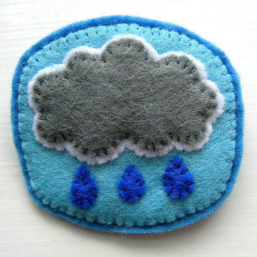 Raincloud Brooch | by bugsandfishes by lupin
