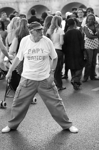 Papy Dance | by Thomas Claveirole