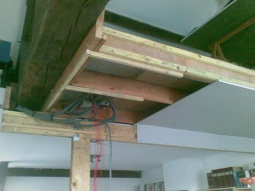 faux plafond faux plafond sous mezzanine avec plaques de p flickr