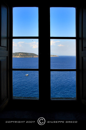 WINDOW ON THE SEA | by GIUSEPPE GRECO PHOTO
